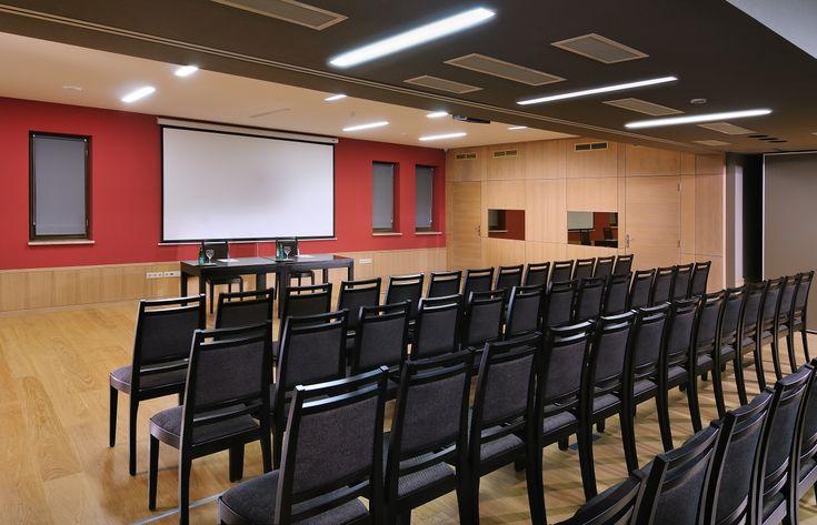 Hotel Visegrád konferencia terem