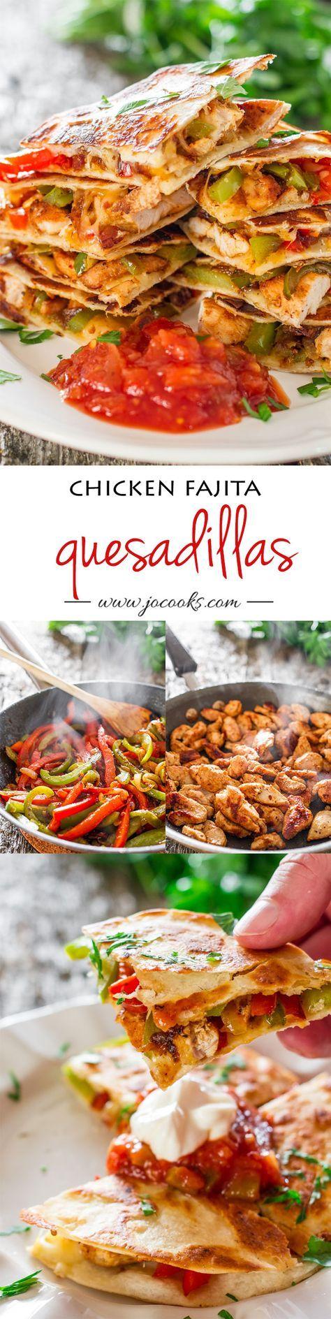 Chicken Fajita Quesadillas!  Well these look just scrumptious! #texmex #quesadillas #dan330  http://livedan330.com/2015/03/17/chicken-fajitas-quesadillas/❤️