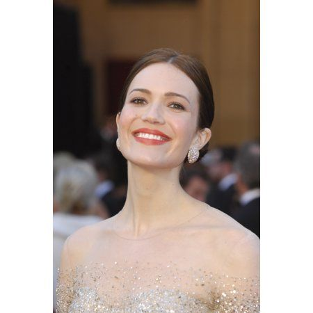 Mandy Moore At Arrivals For The 83Rd Academy Awards Oscars - Arrivals Part 2 Canvas Art - (16 x 20)