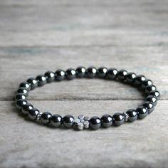 Bracelet Litho * Perles d\u0027Hématite, pierre fine , Fleur et perles argentées  , Bijou lithothérapie en pierre de gemmes / pierre naturelle