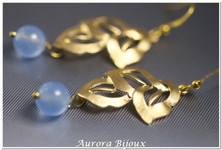 Genuino calcedonio blu aqua orecchini monachelle di fiore opaco ottone oro placcato 925 gioielli in italiano di AuroraFashionJewelry su Etsy https://www.etsy.com/it/listing/469753739/genuino-calcedonio-blu-aqua-orecchini
