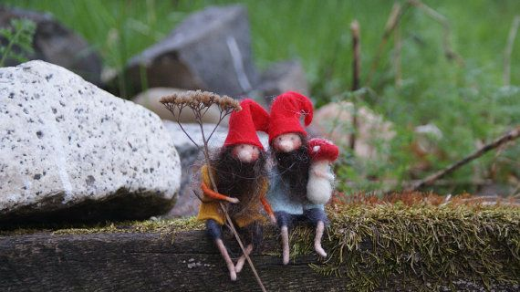 2 tiny Gnomes   4 by FairyfeltbySiSo on Etsy