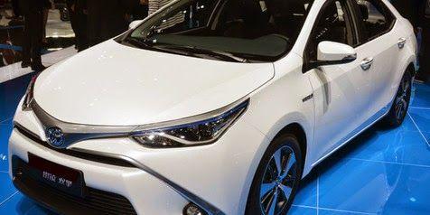 Toyota-Levin-HEV-sedan-mewah-ramah-lingkungan-terbaru-dari-Toyota
