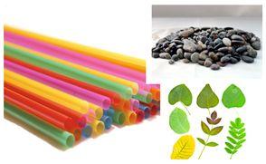 Con una bombilla, cada niño o niña puede soplar objetos más livianos como hojas de árboles, o también objetos más pesados como piedras. Los materiales a utilizar pueden variar según los intereses del grupo de niños en particular.