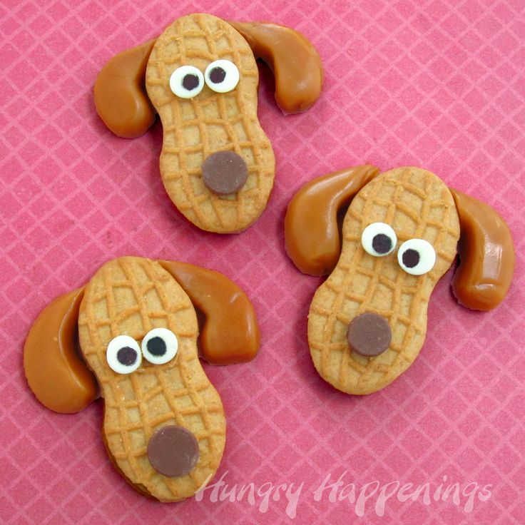 Peanut Butter Puppies using Nutter Butter Cookies: So cute!Butter Puppies, Schools Parties, Edible Crafts, Cookies Decor, Theme Parties, Nutter Butter, Butter Cookies, Nutterbutter, Peanut Butter