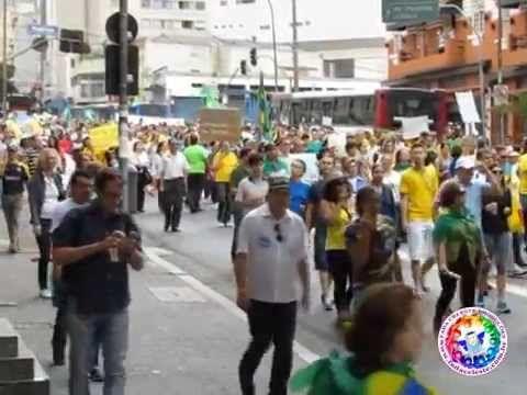 MANIFESTAÇÃO POR IMPEACHMENT DE DILMA REÚNE 38 MIL PESSOAS EM SP
