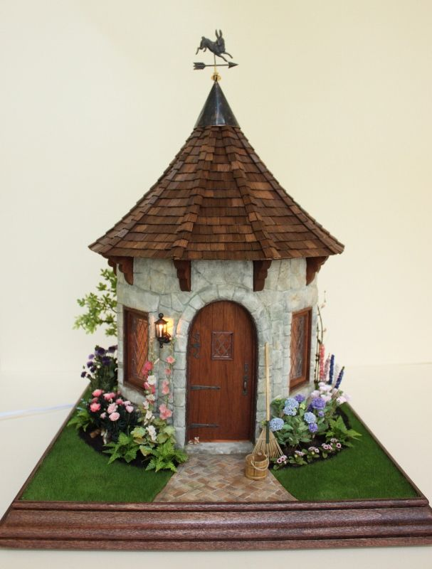 Teresa Layman Designs Miniature Garden Cottage I created in Chicago, 2014