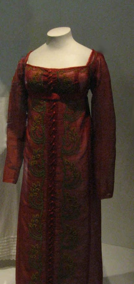 dark red embroidered Regency dress - 1810's.