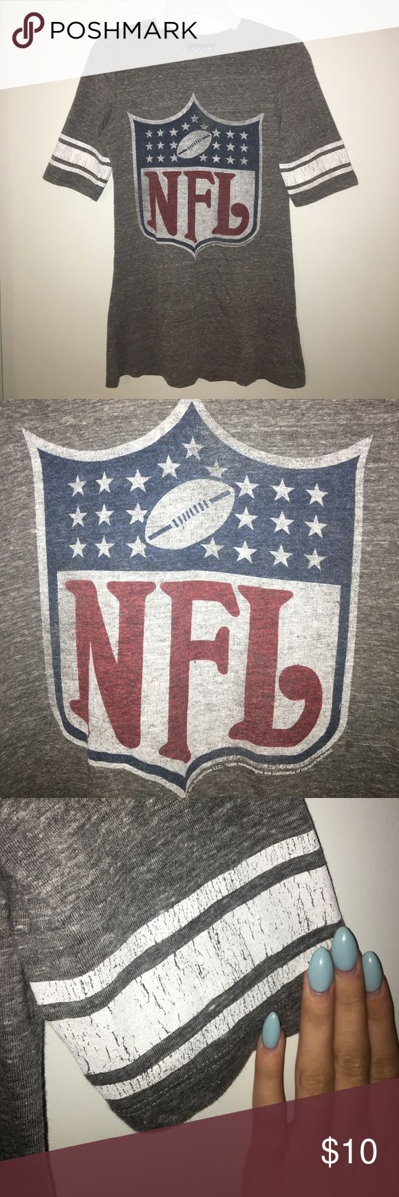 Women's NFL football tshirt women's size small gray NFL t shirt with nothing on back. white stripes on sleeves are cracked but they could be made like that. sleeves are mid-long✨ Junk Food Tops Tees - Short Sleeve