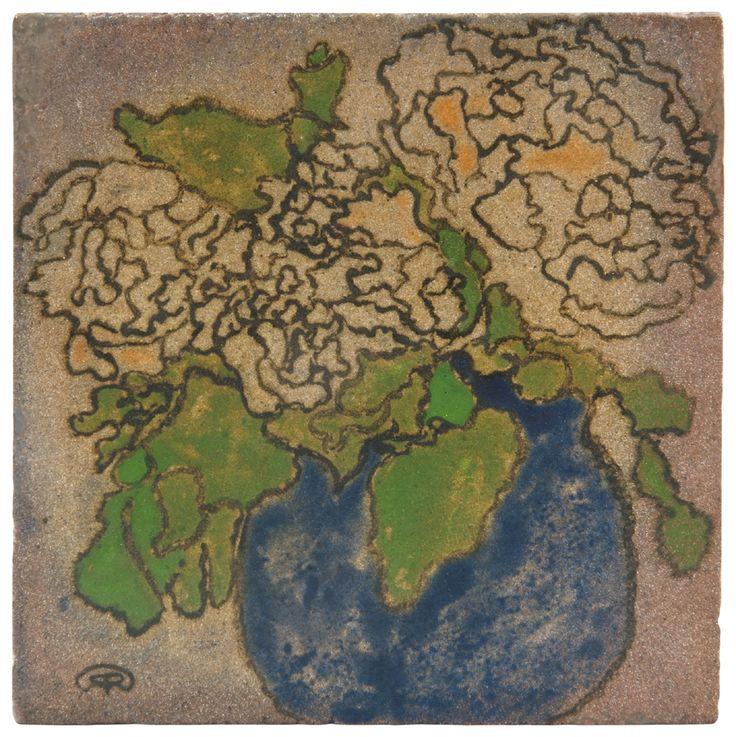 Zsolnay - Csempekép virágcsendélettel, ii., 1898 17 x 17 x 2,5 cm Dekorterv: Rippl-Rónai József Kikiáltási ár: 2 200 000 Ft