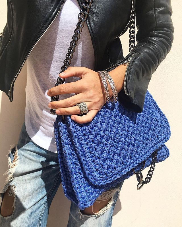 WEBSTA @ essential_jade - My color @one_and_only_irinipapadopoulou #handmade#bag#newcollection#greekdesigner @cherrydivastore #bangles#today#tenuedujour#leatherjacket#denim#santorini#greece