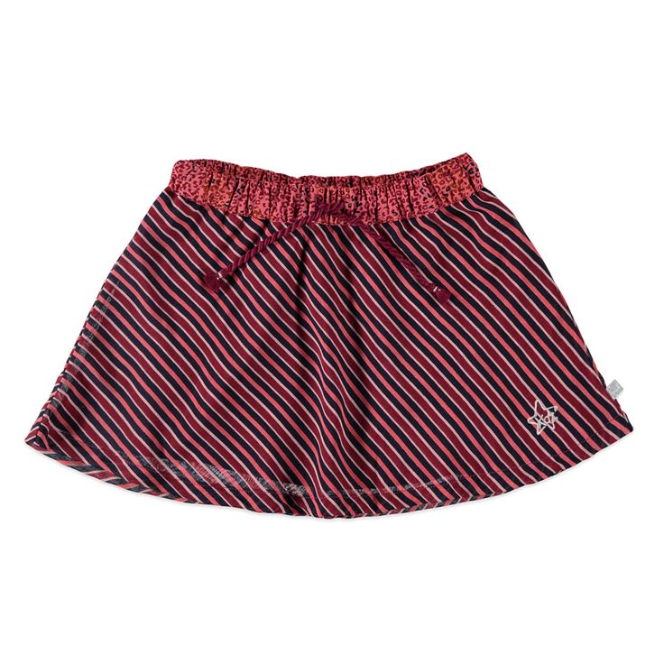 """Kidzface rok voor meisjes in de kleur rood. Dit vrolijke Kidzface rokje, uit de winter collectie, is gemaakt van 100% polyester. Combineer hem met een Kidzface legging en een leuk T-shirt! Verkrijgbaar in de maten 110-116 t/m 146-152 en heeft een elastische boord in de taille met tunnelkoord. Linksonder een kleine geborduurde print met de tekst """"Bfc"""" en de onderrok is in een polyester.  Artikelnummer: 6238892 Seizoen: winter Leverancierskleur: 74 beet  Materiaal: 100% polyester"""