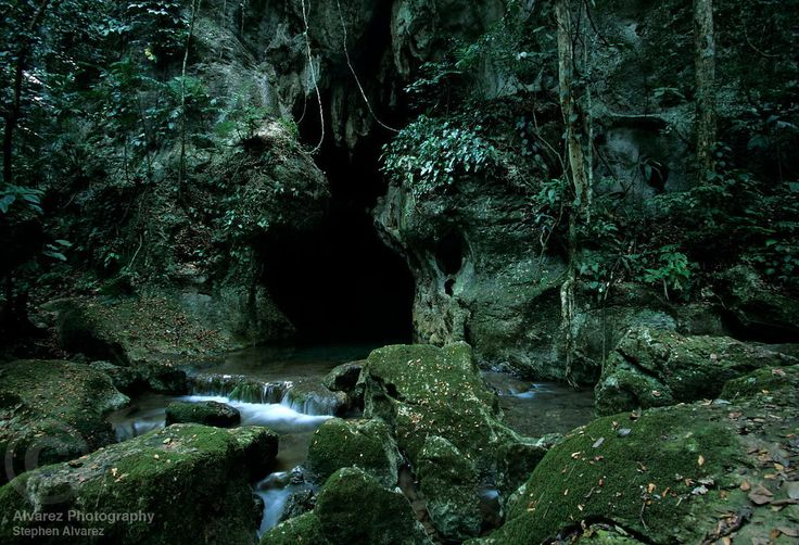 Actun Tunichil Muknal Cave, San Ignacio, Belize