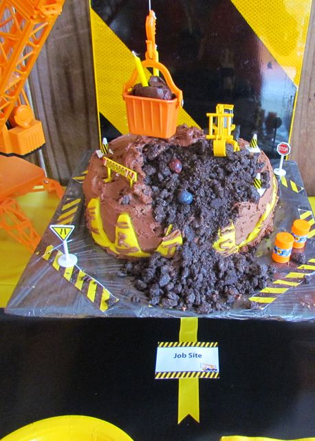 Cake at a Construction Party #construction #partycake