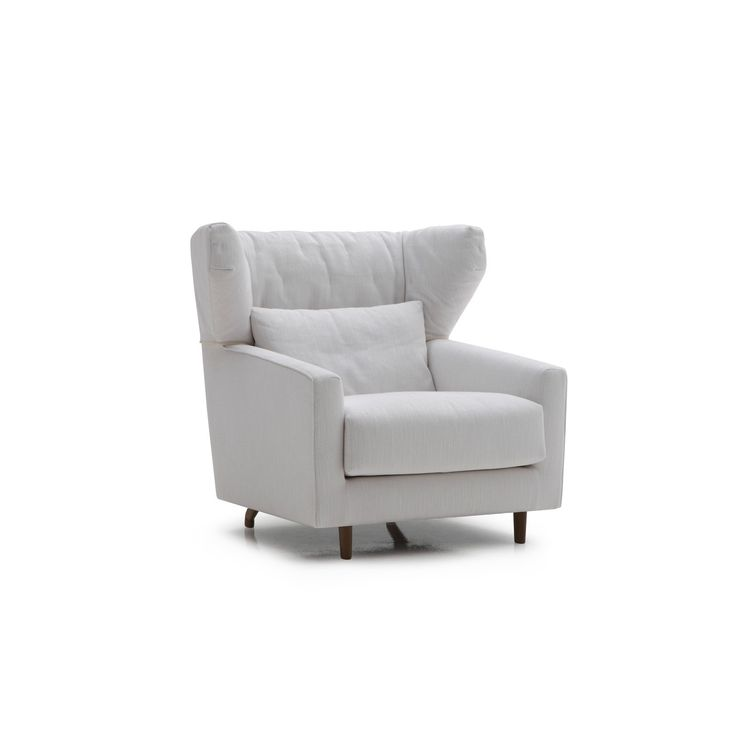 Folk is a popular collection consisting of 4 sofas with and without wings, 1 chaise with and without wings, 4 modules and 3 poufs.