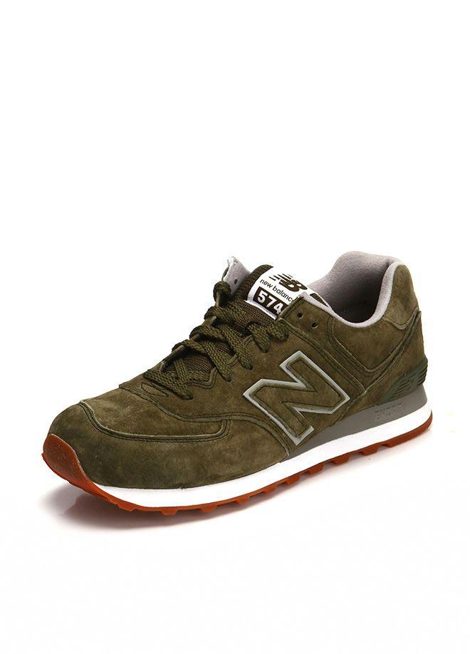 New Balance ML574GS Erkek Spor Ayakkabı %70e varan indirimli fiyatlar Markafonide! New Balance ML574GS Erkek Spor Ayakkabı satın alın. 95461103931498
