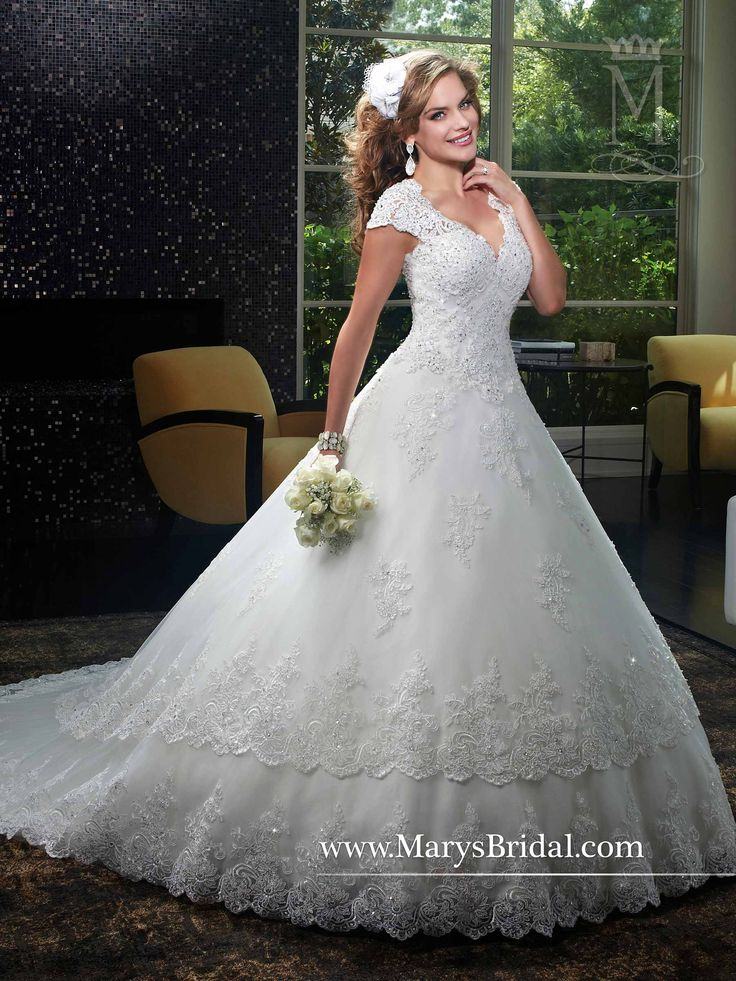 Lovely A line Tulle and re embroidered lace bridal gown with V neck