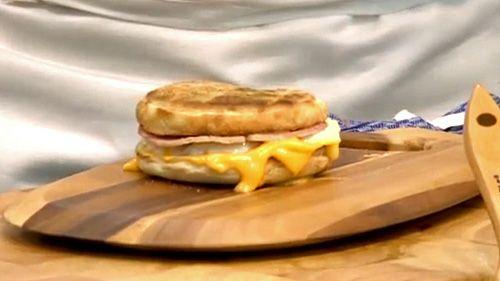 朝マックの定番「エッグマックマフィン」を自宅で作るレシピ