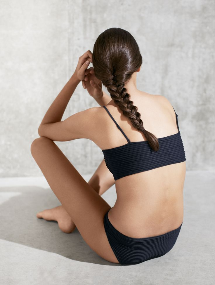 MINIMAL + CLASSIC: COS | Modern poolside silhouettes