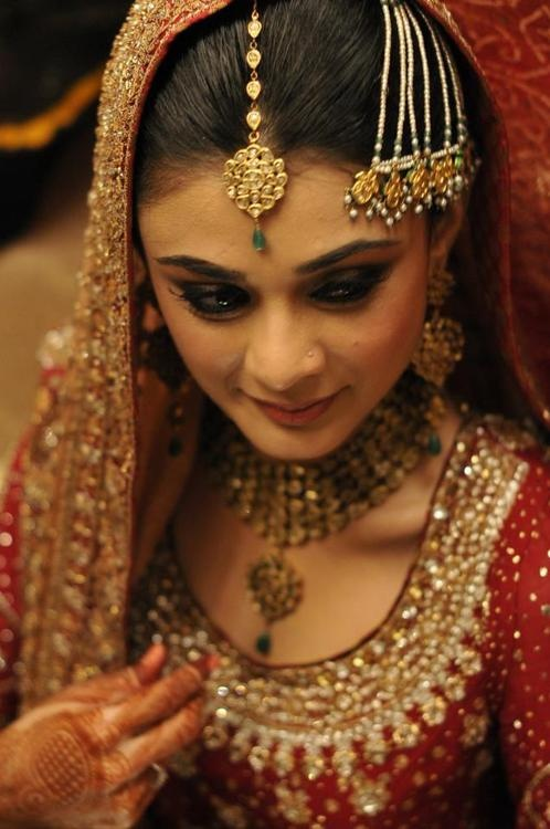 https://www.facebook.com/hayazofficialIndian Bridal jewelry