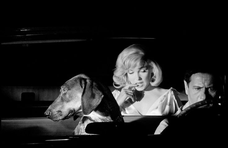 Marilyn with Eli Wallach filming a scene from The Misfits, 1960. Photo by Erich Hartmann