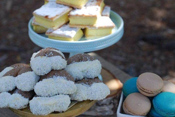 Farm Party Desserts - Horse Shoe Cookies - Dessert Buffet styled by Sweet Soirees (www.sweet-soirees.com.au)