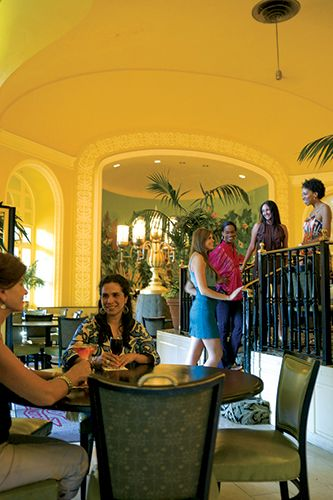 The Arlington Lobby Bar at the Arlington Hotel and Spa in Hot Springs has been named one of Refinery 29's Top 15 Favorite Hotel Bars in the World.  (2014)  http://www.refinery29.com/best-hotel-bars#slide-5 #visitarkansas