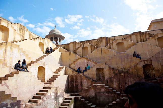 The Stepwell in Jaipur where Sonny woos Sunaina.