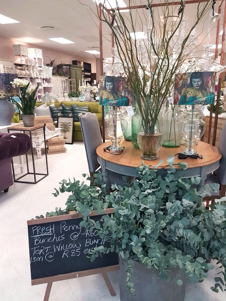 We love welcoming our customers with some fresh flora every now and then! These penny gum bunches last long and look great! #pennygum #freshflorals