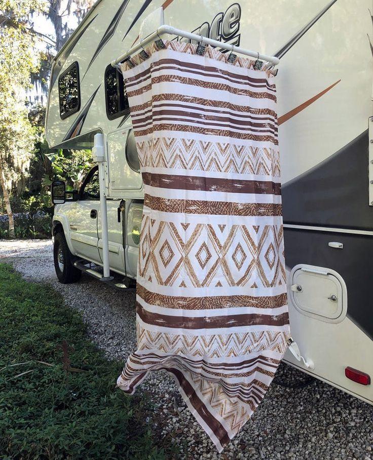 Nehmen Sie Eine Aussendusche Beim Camping Outdoor Shower Kits Camping Shower Diy Portable Camping Shower