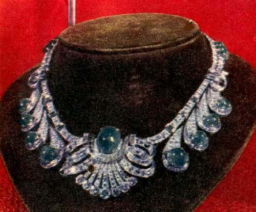 Eva Peron Necklace * She is perceived as woman with great taste.