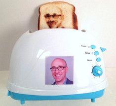 Современные тостеры создают изображения людей на хлебе