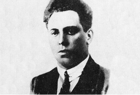 """Rodzony syn Ignacego Daszyńskiego przygodę z konspiracją zaczął bardzo wcześnie. Zainspirowany przez Mariana Kukiela wstąpił do """"Promienistych"""", gdzie jak strzelać i walczyć w mieście uczył go kwiat PPS Frakcji Rewolucyjnej, a ideowo kształtował osobiście Józef Piłsudski. Jako bojowiec Związku Walki Czynnej po kursie wyższym zasilił struktury legalizującego się """"Strzelca""""."""