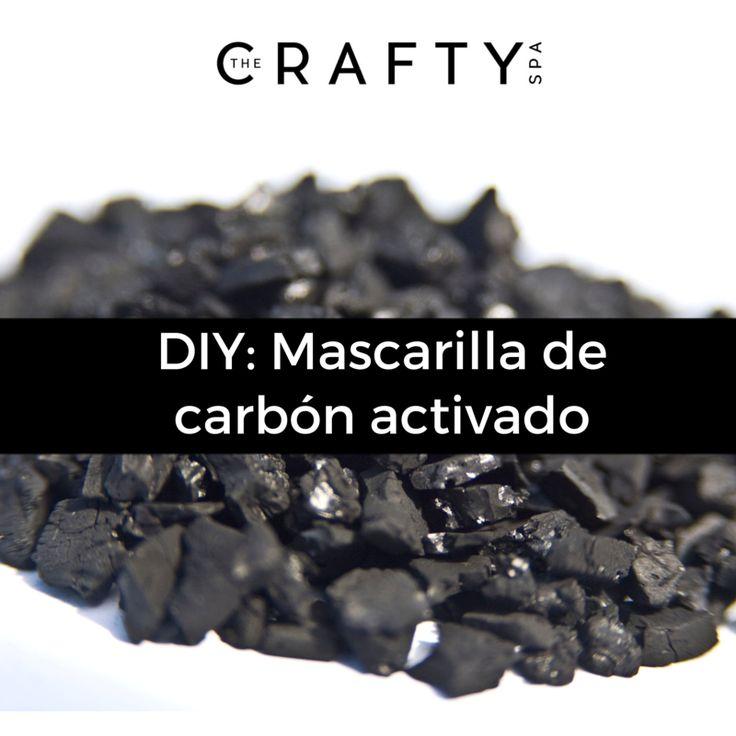 A continuación te presentamos una receta muy sencilla para que puedas hacer tu propia mascarilla de carbón activado. Esta mascarilla es muy buena para limpiar los poros y eliminar esas molestas espinillas.