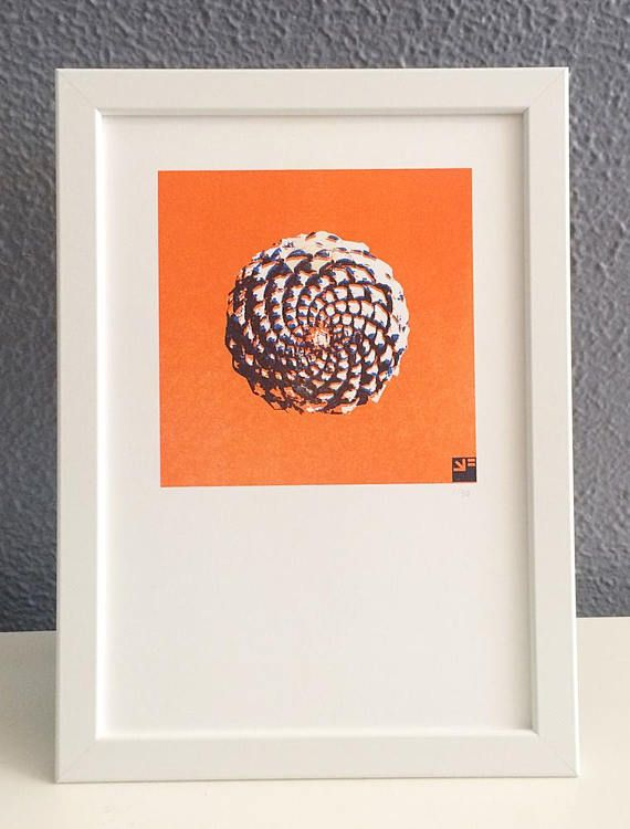 Risograph print of a stylized picture of the bottom of a pine cone.  Fibonacci sequence in nature.  Small edition of 50 numbered riso prints. Printed in 2 colors soy based ink on 200 grams Biotop, A4 size (21 x 29.7 cm)  For an additional price the print can be sent framed in a simple frame without glass that can stand or be hung on the wall. The color of the frame is very similar to that of the paper.