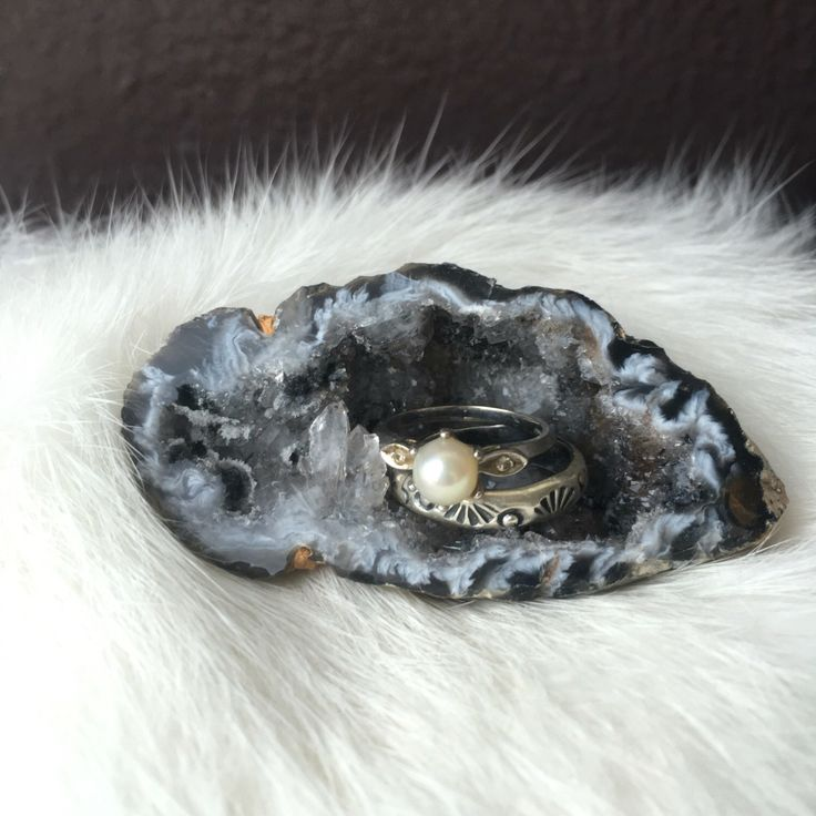 Agate Aura Geode - one piece by AliciaCoralJewels on Etsy https://www.etsy.com/listing/494688179/agate-aura-geode-one-piece