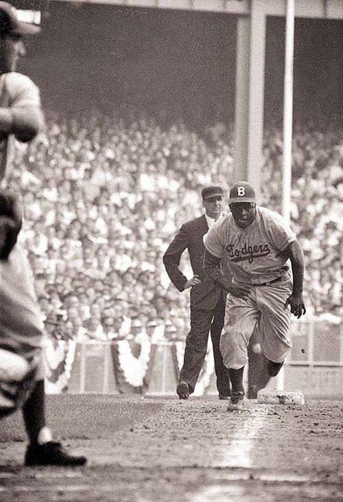 Jackie Robinson - Brooklyn Dodgers