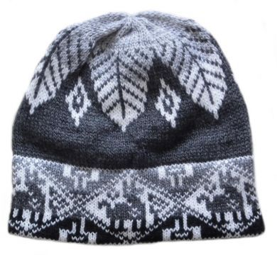 Schwarze #Inka Look #Beanie Mütze aus #Alpakawolle.