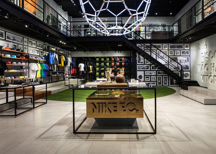 Nike_1994 #Shopping #StyleCity #FashionTraveler @StyleCityBR