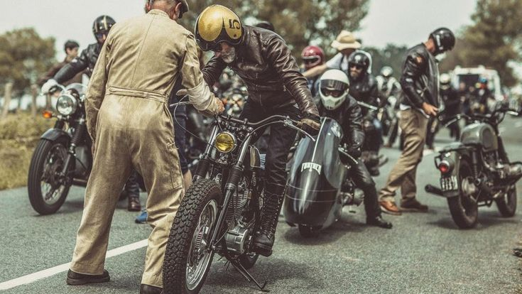 PHOTOG: Wheels & Waves 2014 by Laurent Nivalle — Moto-Mucci