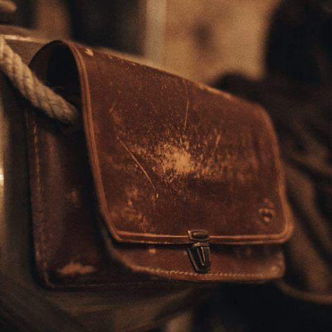 """Our bags were perfectly """"aged"""" for you!  Visit the shop in Barcelona: calle Mercaders, 11 (in El Born) open from 14h-21h. Contact us on: +34 603199498/931793108. info@urbanshepherdsboots.com  www.urbanshepherdsboots.com  #urbanshepherds #leather #leathergoods #boots #traditional #style #caferacer #ecofriendly #handmade #fashion #craftsman #shoemaker #bootmaker  Photo by: @okeedokee.co"""