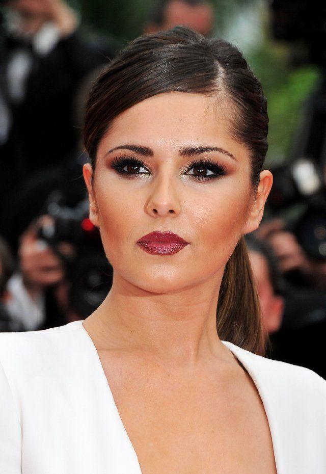 Cheryl Cole - big lashes & dark #lips