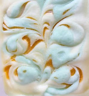 The Soap Bar: A Guest Tutorial: Creating Soap Swirls with Mica & Glycerin