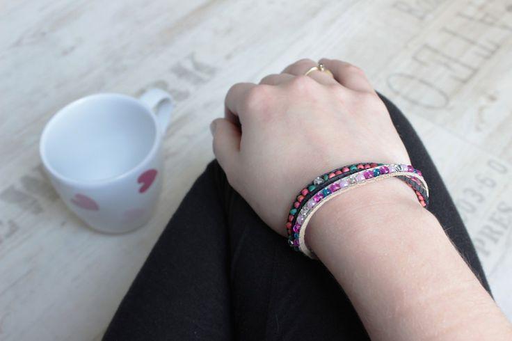 Perlenarmbänder können ganz leicht mit einem Perlenwebrahmen selbstgemacht werden #yeahhandmade #diy #basteln #craft #crafting #handmade #handgemacht #pearlbracelet #bracelet #armband #perlenarmband #diyblogger