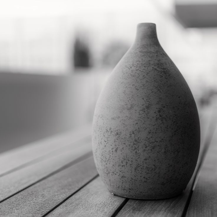 Still life pottery black white ilias agiostratitis photography pentax 645z