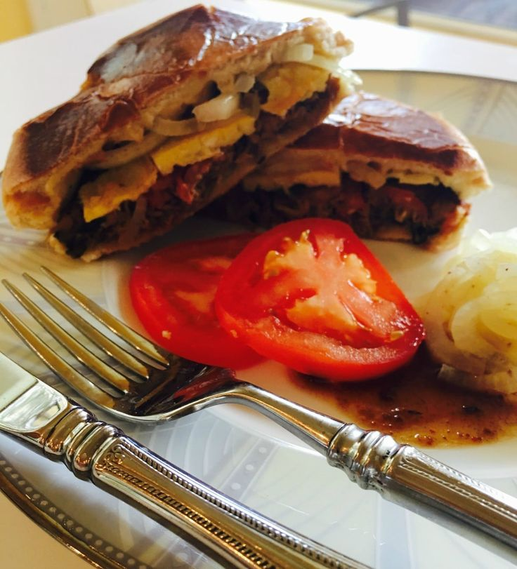 #Food Stories: Can you create the perfect #BunKebab in your kitchen?   BISMA TIRMIZI Dawn, Pakistan