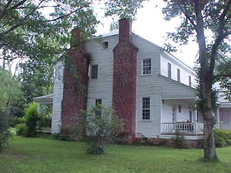 450 best georgia famous homes images on pinterest for Southern plantation houses for sale