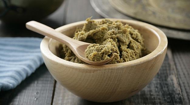 Pasta de curry verde. Pasta de guindilla verde, cilantro, lemon grass, lima, ajo y otras especias. Ingredientes|Sundari