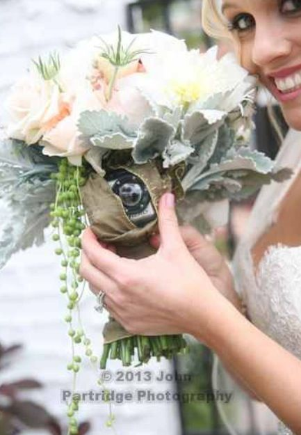 Go pro camera hidden in my bouquet !! Gopro bouquet yay! wedding camera // wedding gopro camera French buckets