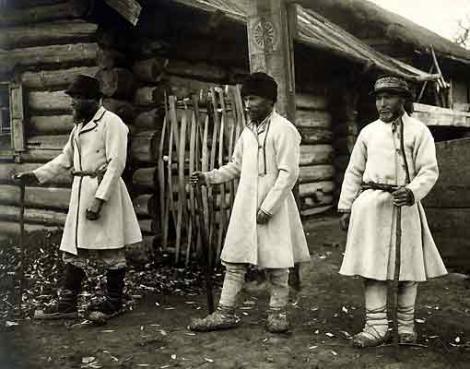 Priests - stewards pagan prayers. Mari (Cheremis). End of XIX century.